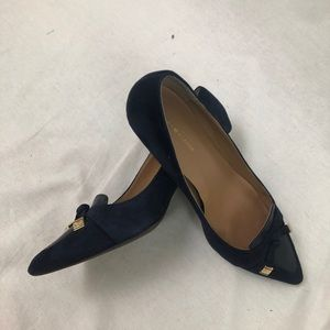 Tommy Hilfiger | Blue Suede Bow Detailed Heels 9M